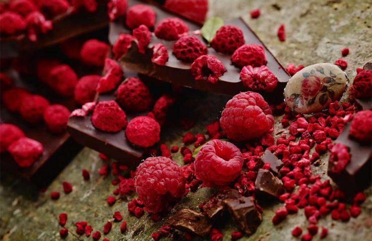 Крем из шоколада и малины