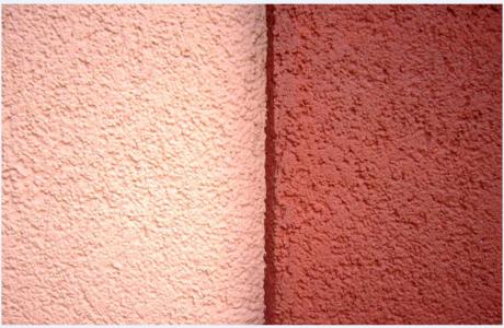 Окраска стен фактурной краской