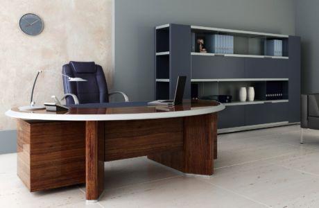 Офисный письменный стол: главный атрибут успешной работы