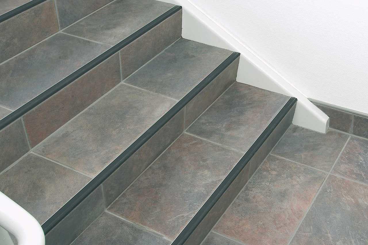 Купить бетонные лестницы