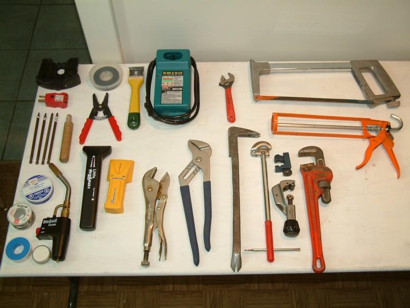 Инструменты, необходимые при ремонте